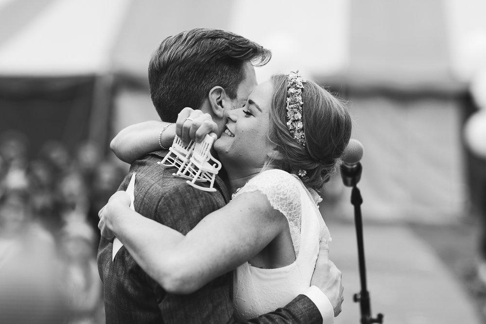 Hochzeitsfotograf Le Hai Linh Koeln Duesseldorf Bonn Zirkushochzeit Vintagehochzeit Sommerhochzeit 074.jpg