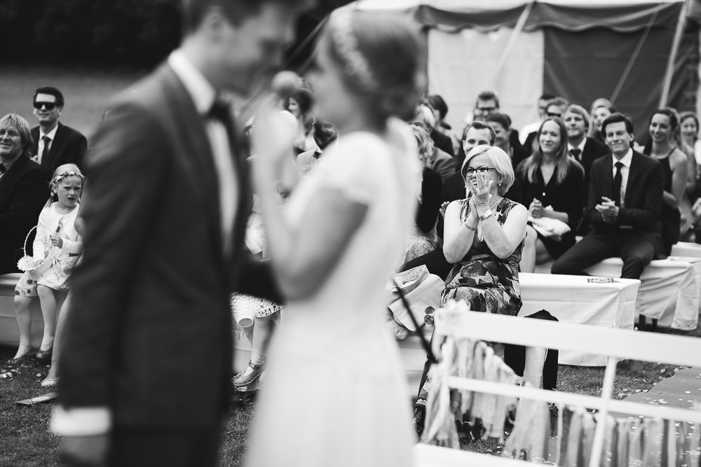 Hochzeitsfotograf Le Hai Linh Koeln Duesseldorf Bonn Zirkushochzeit Vintagehochzeit Sommerhochzeit 076.jpg