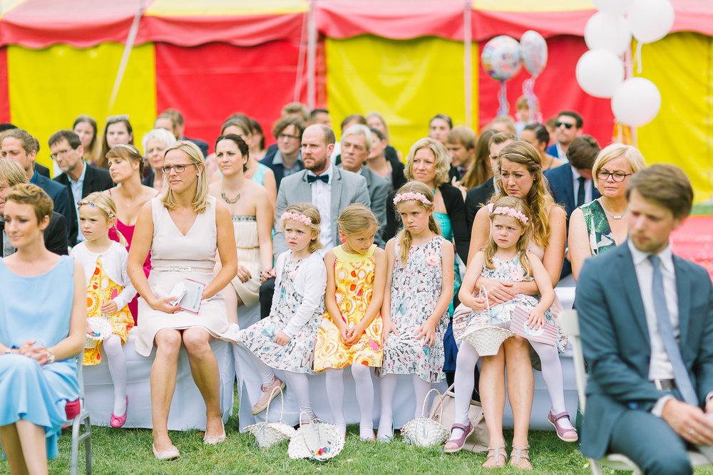 Hochzeitsfotograf Le Hai Linh Koeln Duesseldorf Bonn Zirkushochzeit Vintagehochzeit Sommerhochzeit 078.jpg