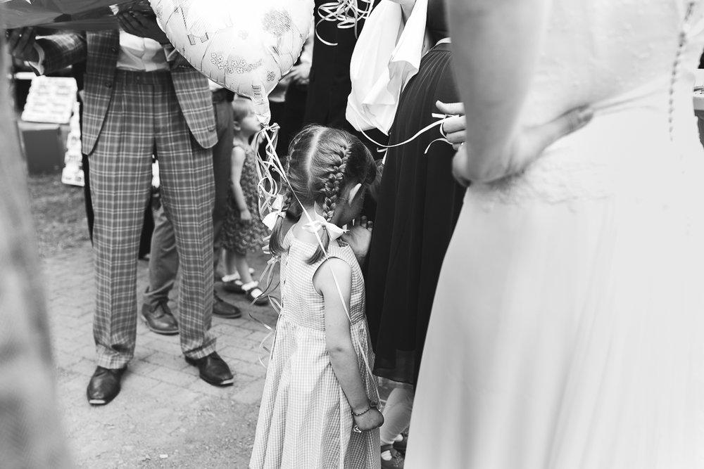 Hochzeitsfotograf Le Hai Linh Koeln Duesseldorf Bonn Zirkushochzeit Vintagehochzeit Sommerhochzeit 098.jpg