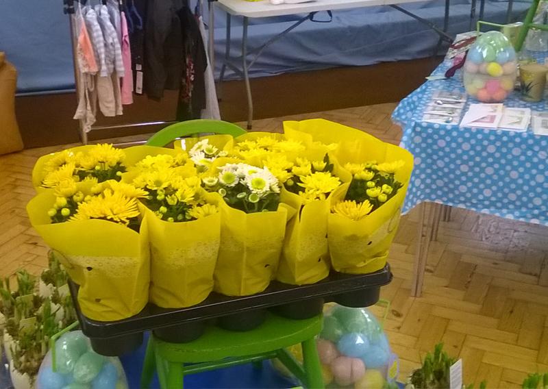 easter_table_2016_flowers.jpg