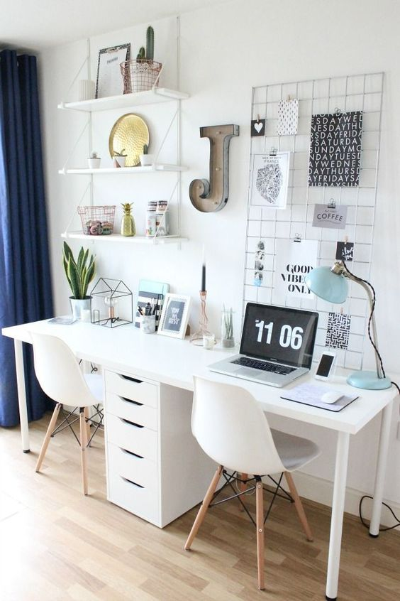 desk 8.jpg