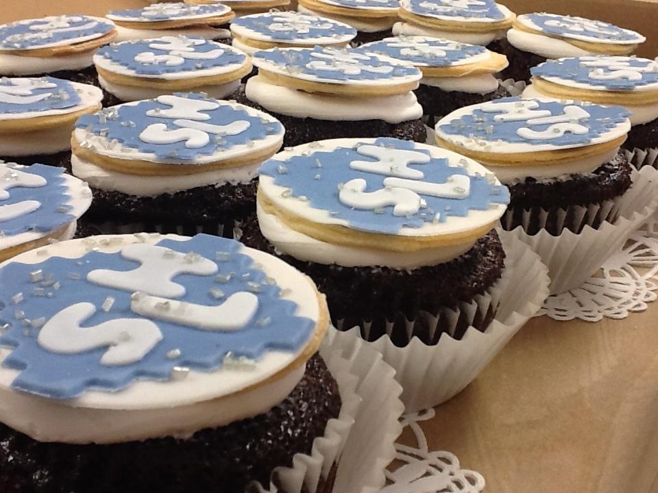 shower_cupcakes2.JPG