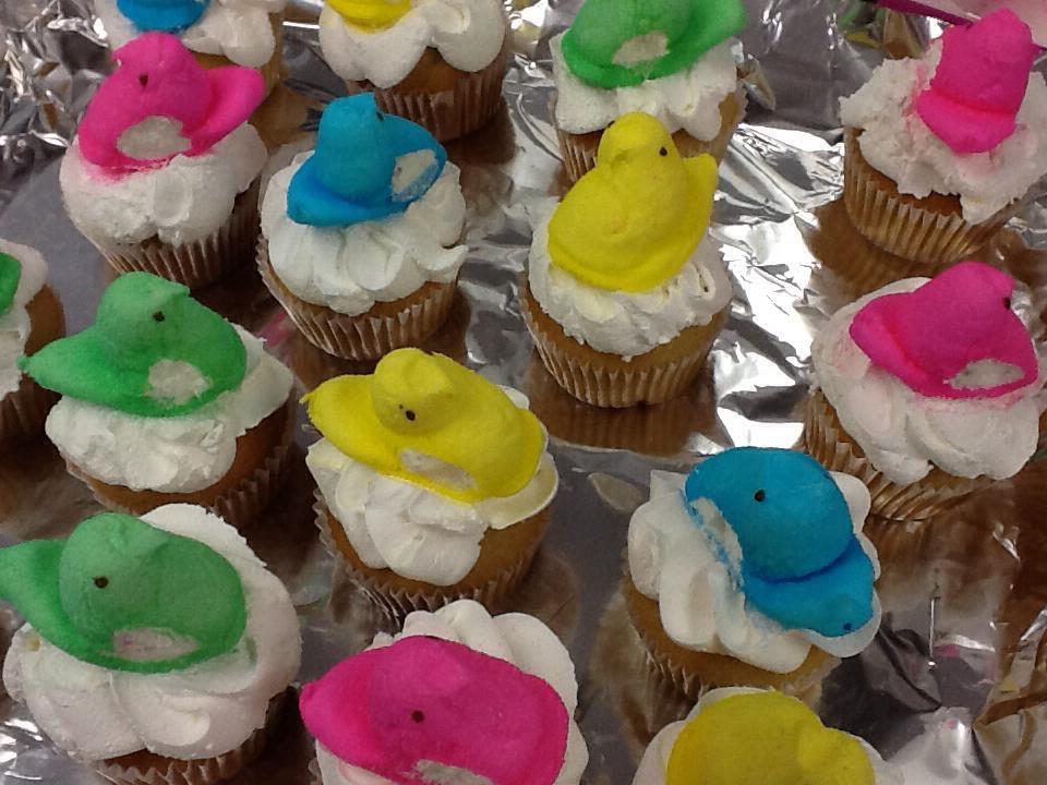 easter_peep_cupcakes.jpg