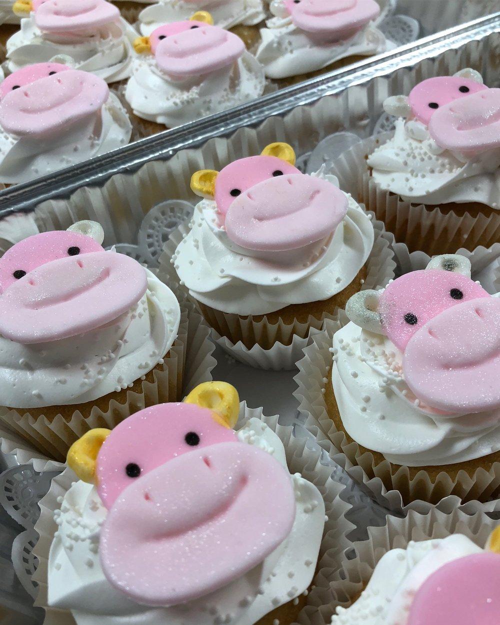 Happy Hippo Cupcakes.JPG