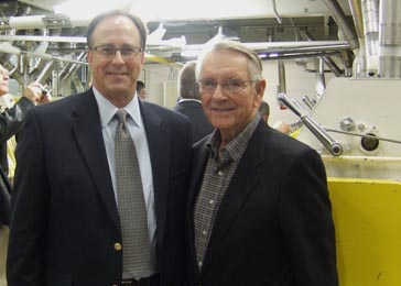 Neal Fisher, (left), Administrator of North Dakota Wheat Commission, and former Governor George Sinner (right) enjoyed a moment to visit. Governor Sinner was the first chair of the Northern Crops Council and was instrumental in building Northern Crops Institute.