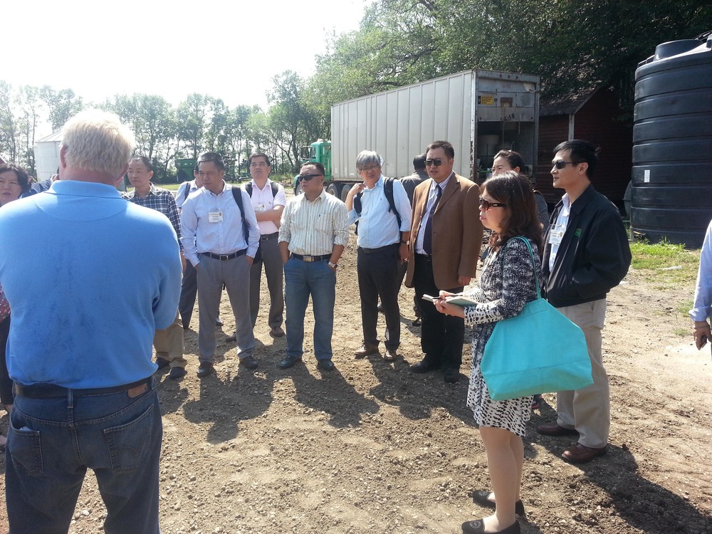 2014 China Feed Manufacturing SC at Scott Gauslow's farm 2.jpg