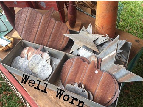 Ready for fall #metal #pumpkin #vintagecountryfleamarket