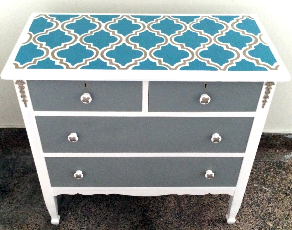 DIY Upcycled Painted Dresser With Moroccan Quatrefoil Top