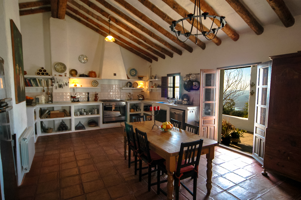 Holidays for cooks and foodies: masses of cookware, recipe books, and the perfect kitchen dining room at Villa Amapola.