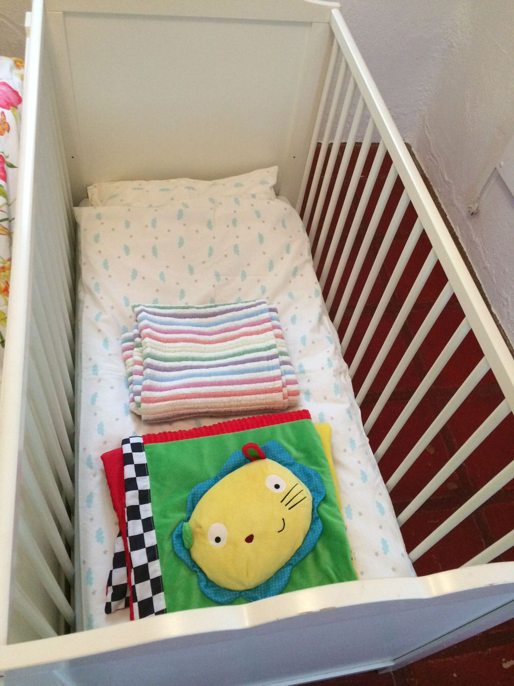 We provide cot bedding and play mats for baby