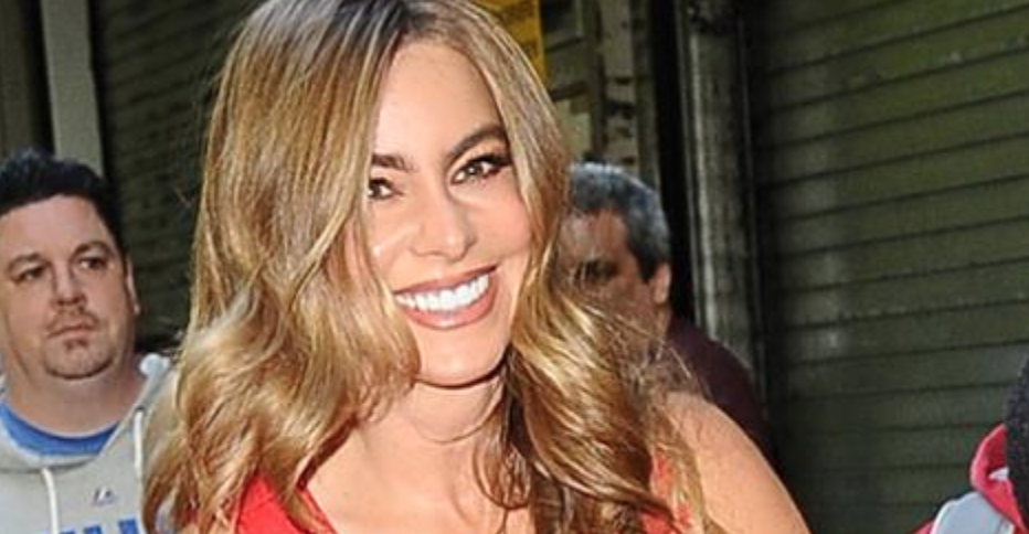 Clothing Launch for Sofia Vergara (click for video)