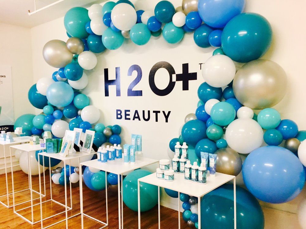 H2O Beauty Launch (Balloon install by Brooklyn Balloon Company)