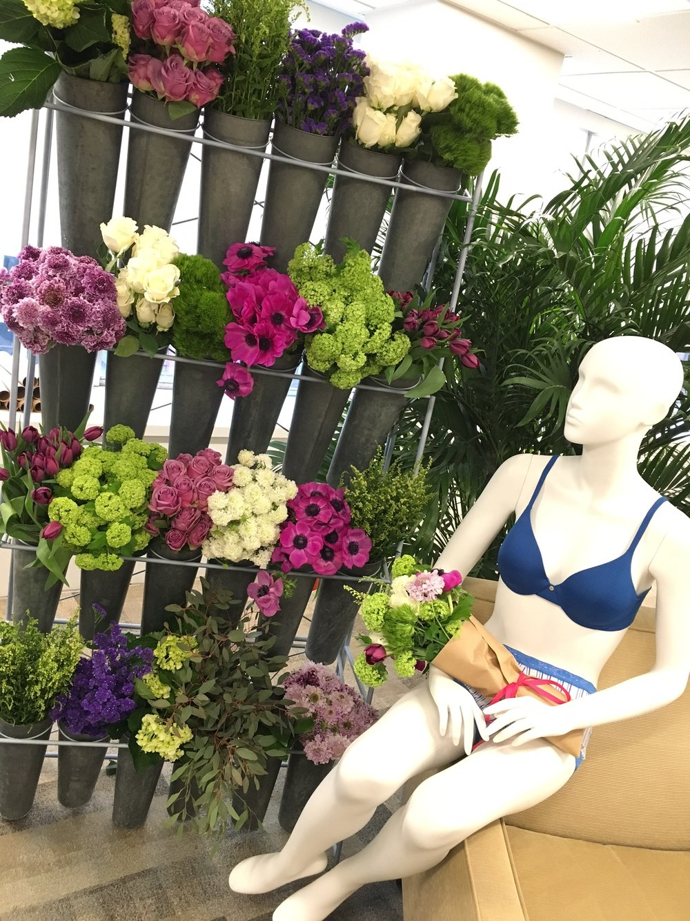 Hanes Editor Preview with DIY Flowers