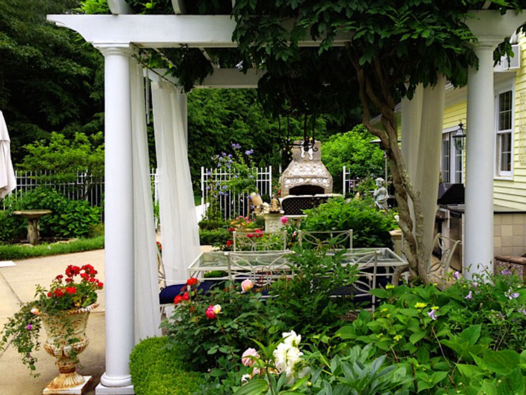 Patio pergolas & container gardening