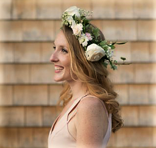 Flower crown : Photo Katie Nobel