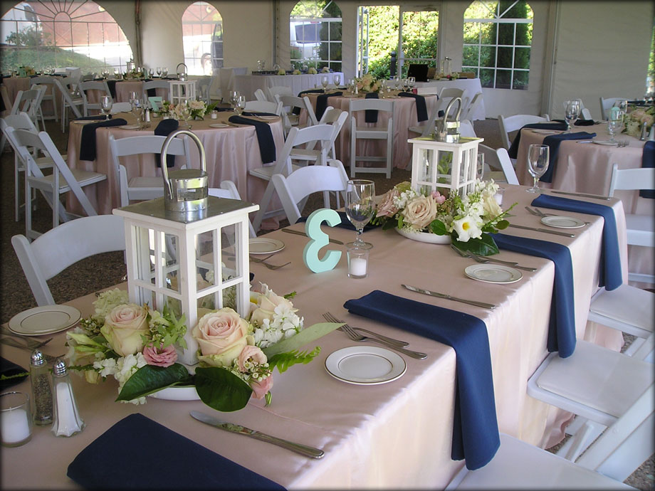 Floral Centerpieces for a Summer Wedding