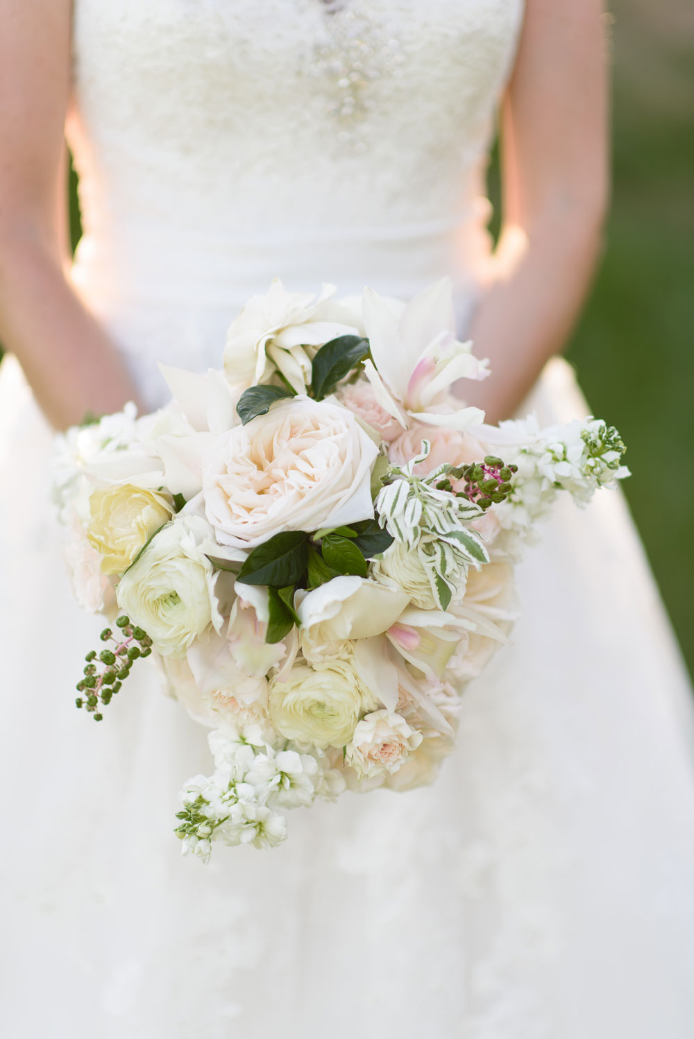Bridal bouquet with blush roses : douglaslevyphotography.com
