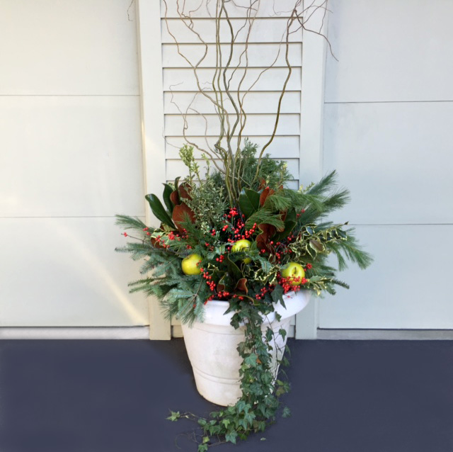 Outdoor Holiday Container with Fruit