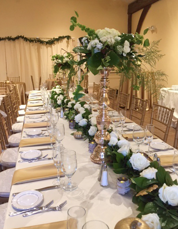 Greenery garland as centerpiece