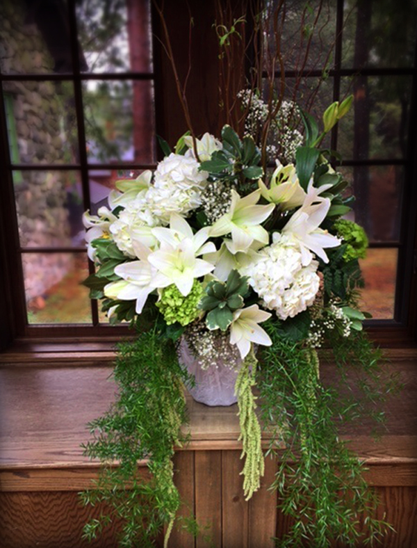 White Wedding Ceremony Centerpiece