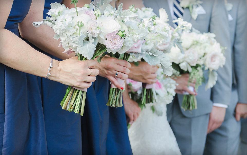 Blush & gray bouquets : Jackie Averill Photography