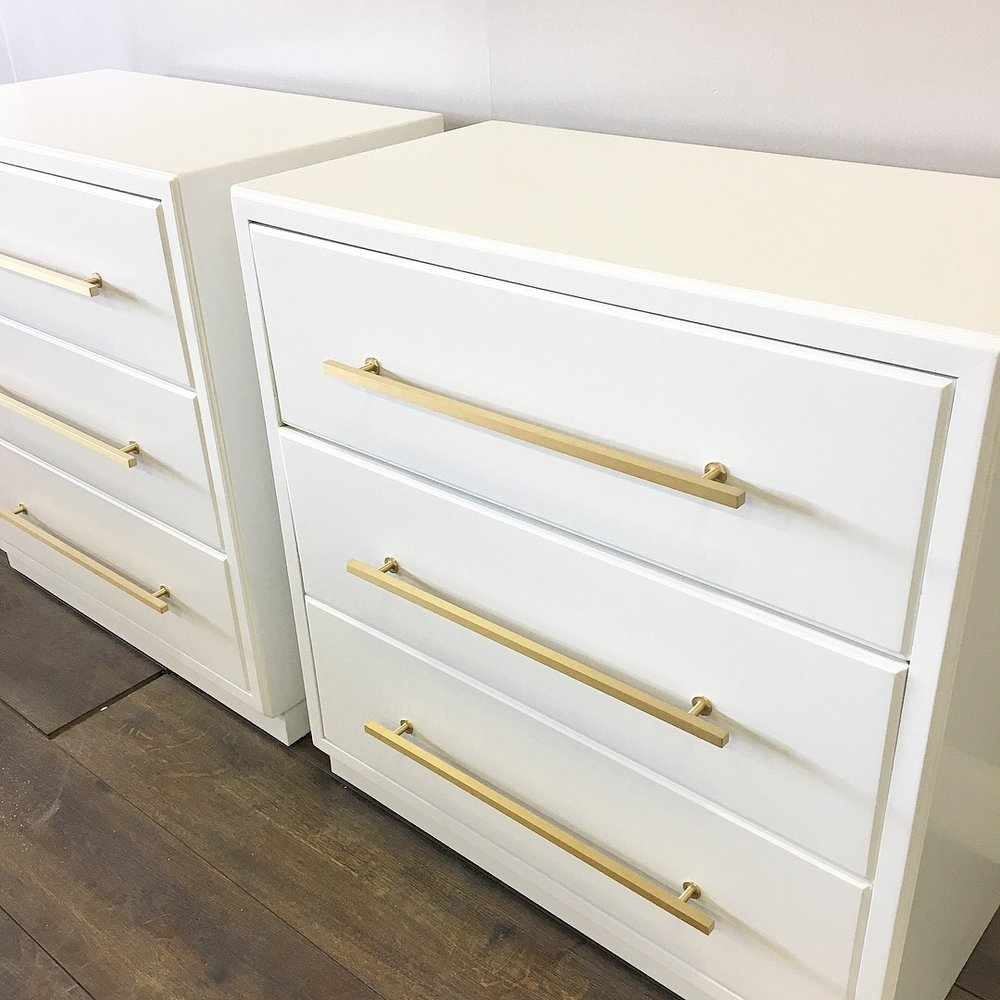 white nightstands