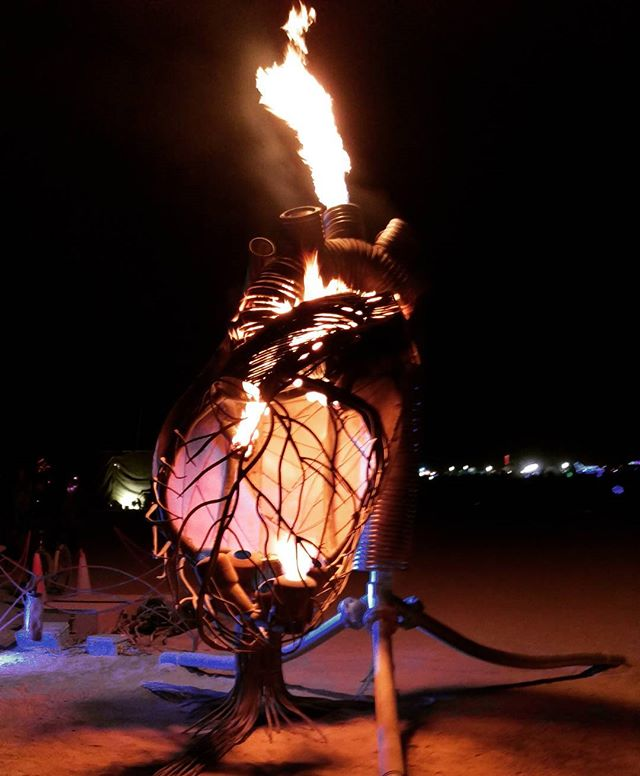 Pulse, doing its thing (lung pods not visible) last week in the 3 o'clock keyhole... #flg #flaminglotusgirls #BRC #burningman #burningman2016 #metalwork #fireart #anatomical #sculpture #fabrication #collaboration #shesabeauty #artisbirth