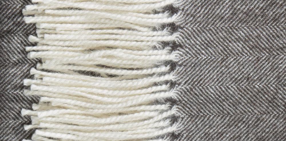 Alpaca blanket-DEMILUNE-_P4A9585.r1 copy.jpg