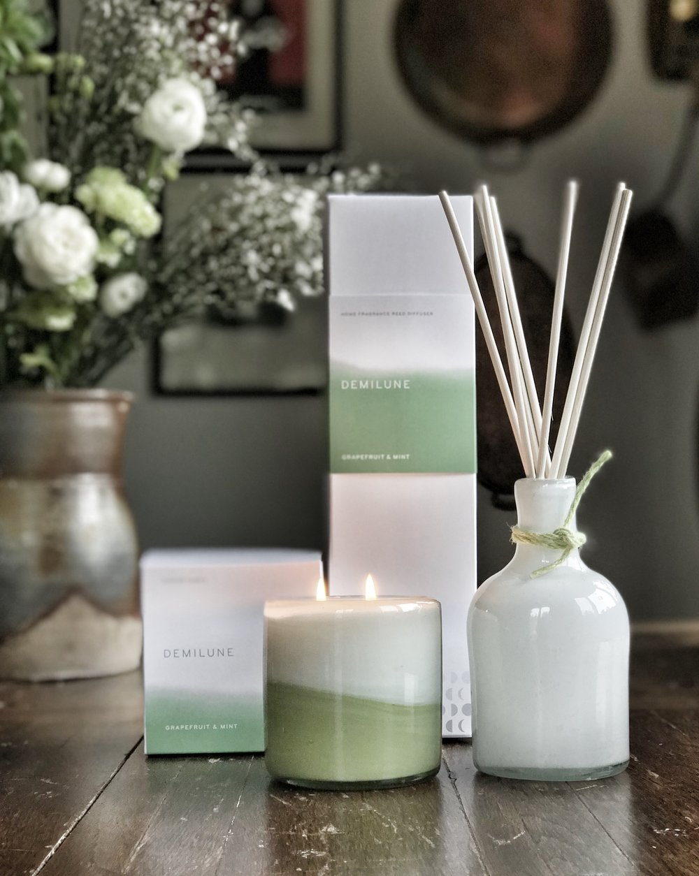 GRAPEFRUIT & MINT - Refreshing... Tangy grapefruit, mandarin and lemon essential oils fused with fresh garden mint – a touch of lavender, apple and thyme add complexity to this bold and fresh fragrance. Phthalate Free.