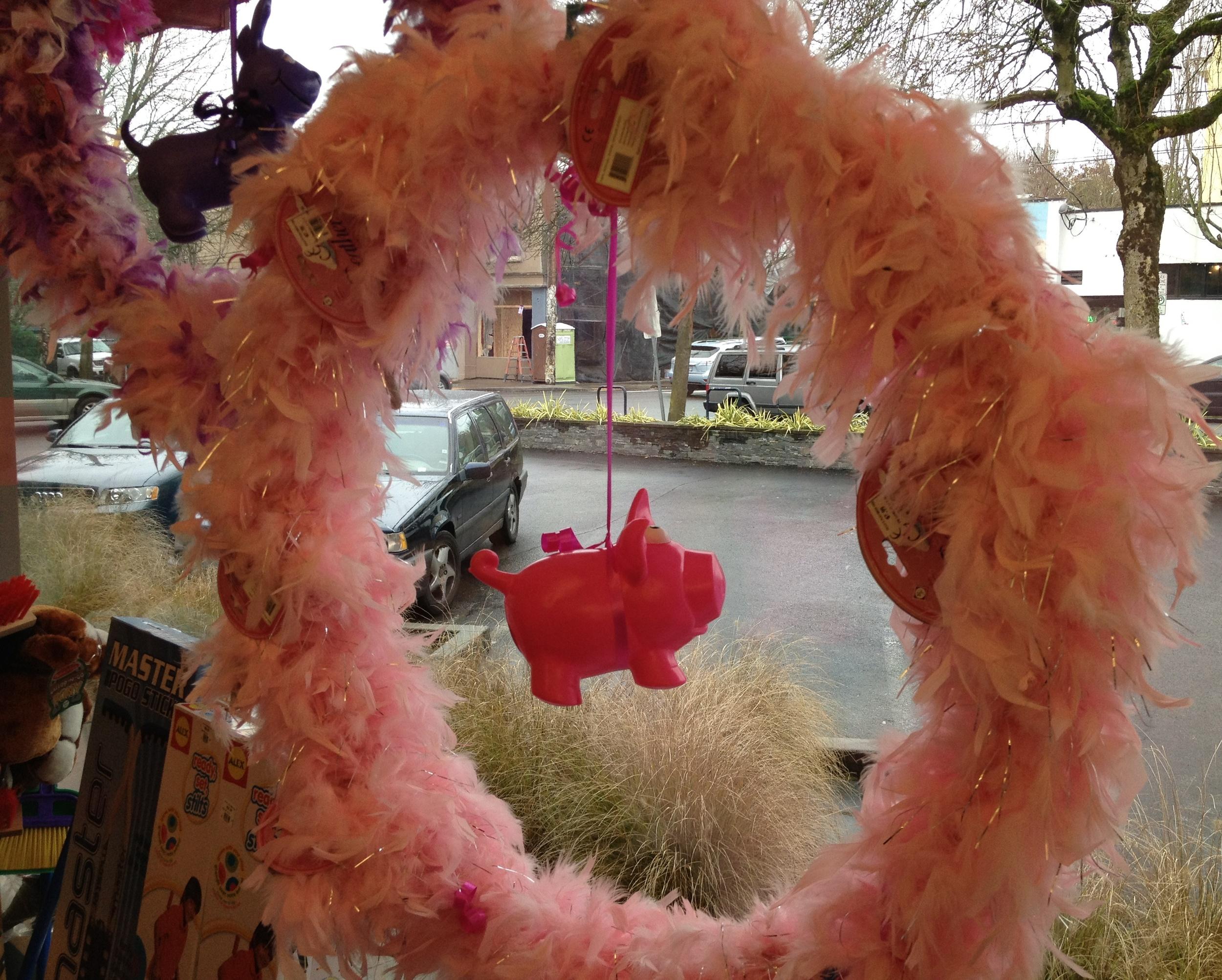 Toys_in_Portland_DIY_Valentine_Wreath_Animail