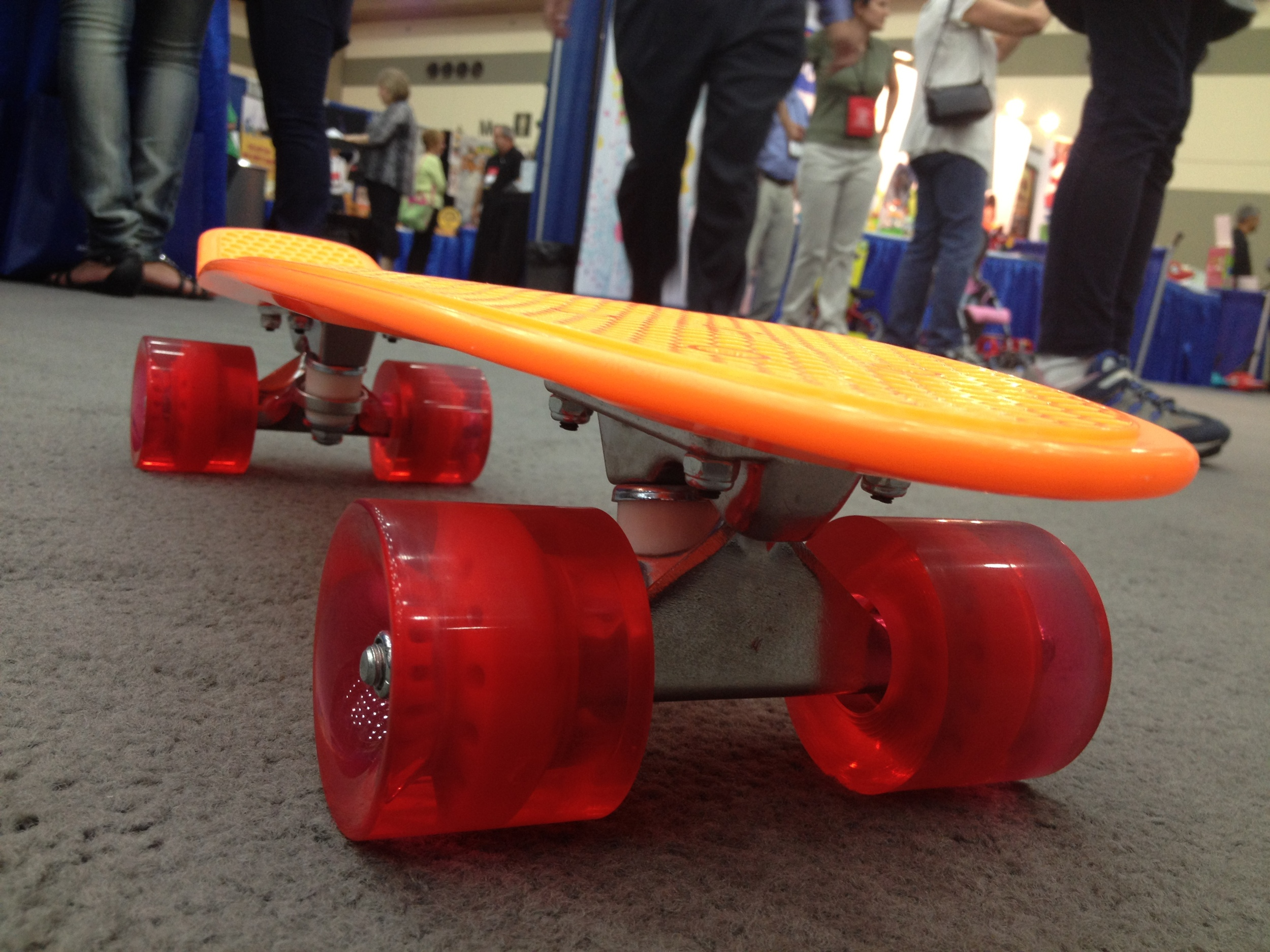 Toys_in_Portland_Skateboard_Mindtwister
