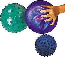 Toys_in_Portland_gertie_balls