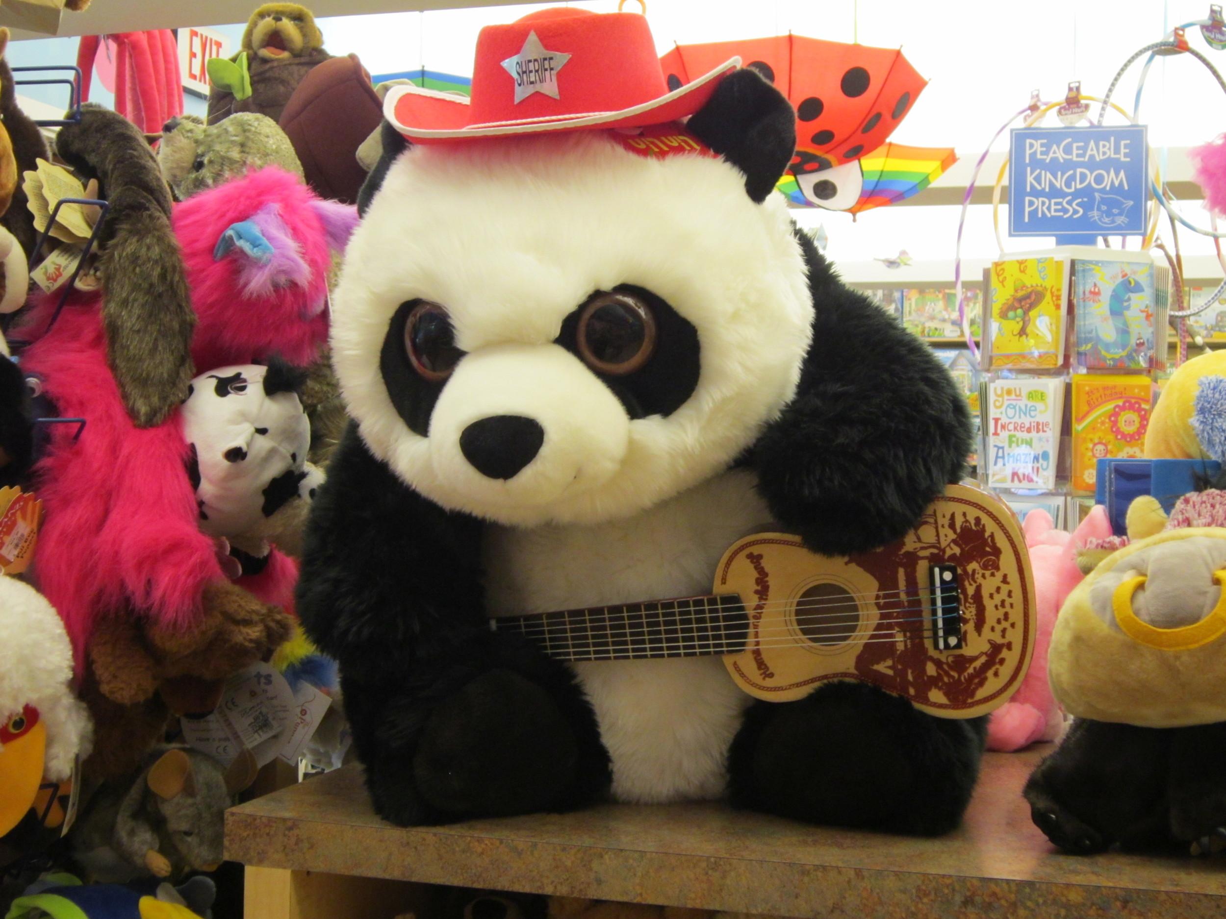 Toys_in_Portland_Lin_Lin_Panda