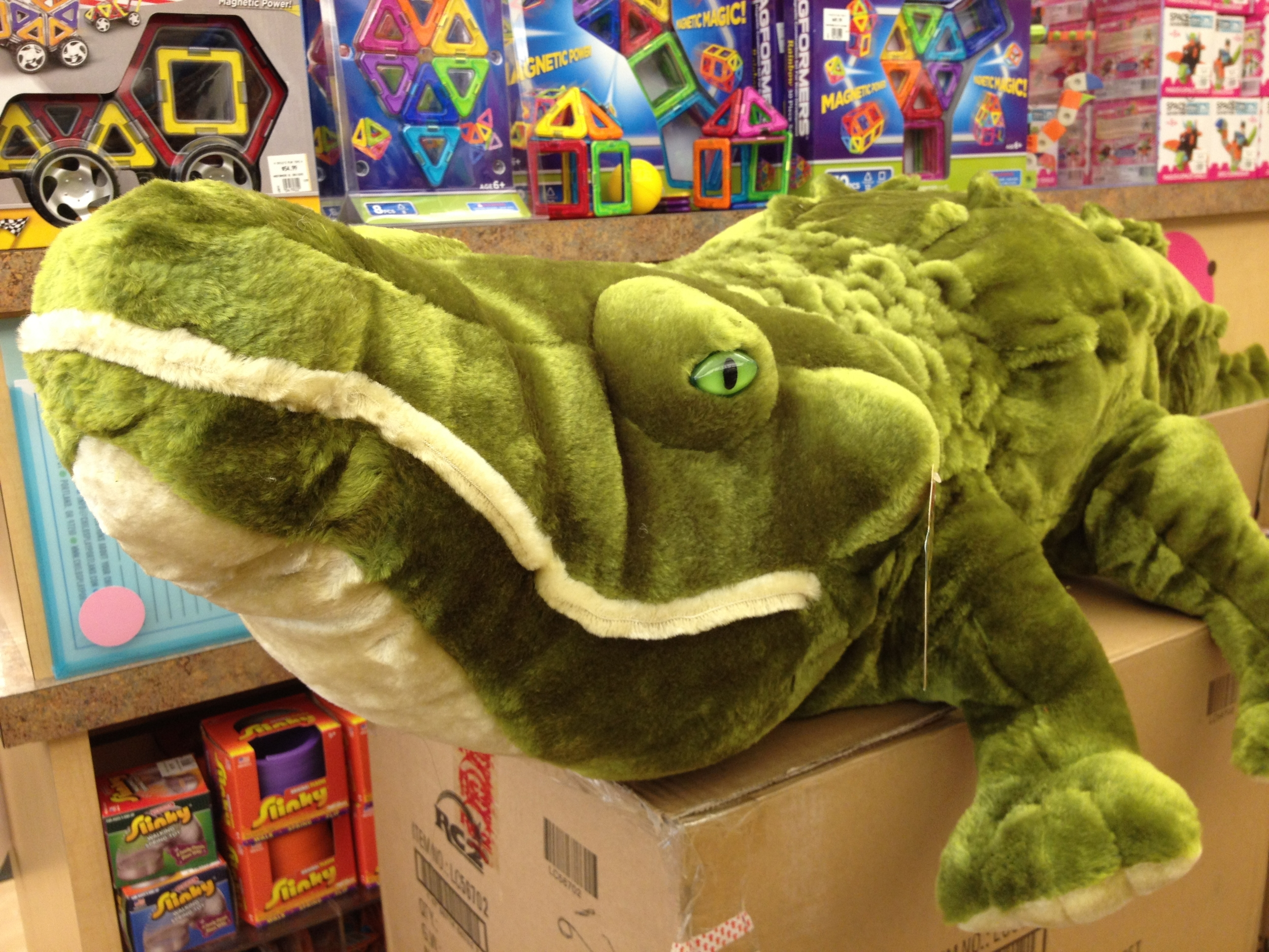 Toys_in_Portland_alligator_melissa_and_doug
