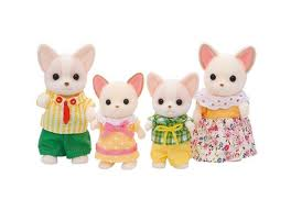Toys_in_Portland_calico_critters_chihuahua_family