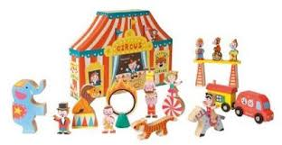 Toy_stores_in_portland_janod_story_set_circus