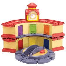Portland_Toys_chuggington_double_decker_roundhouse