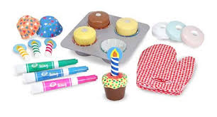 Portland_toys_melissa_and_doug_cupcake_set