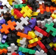 Portland_Toys_plus_plus_bricks