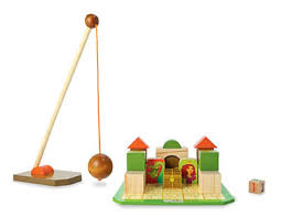 Toys_in_portland_castle_blast_mindware