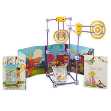 Toys_in_Portland_goldieblox_and_the_dunk_tank