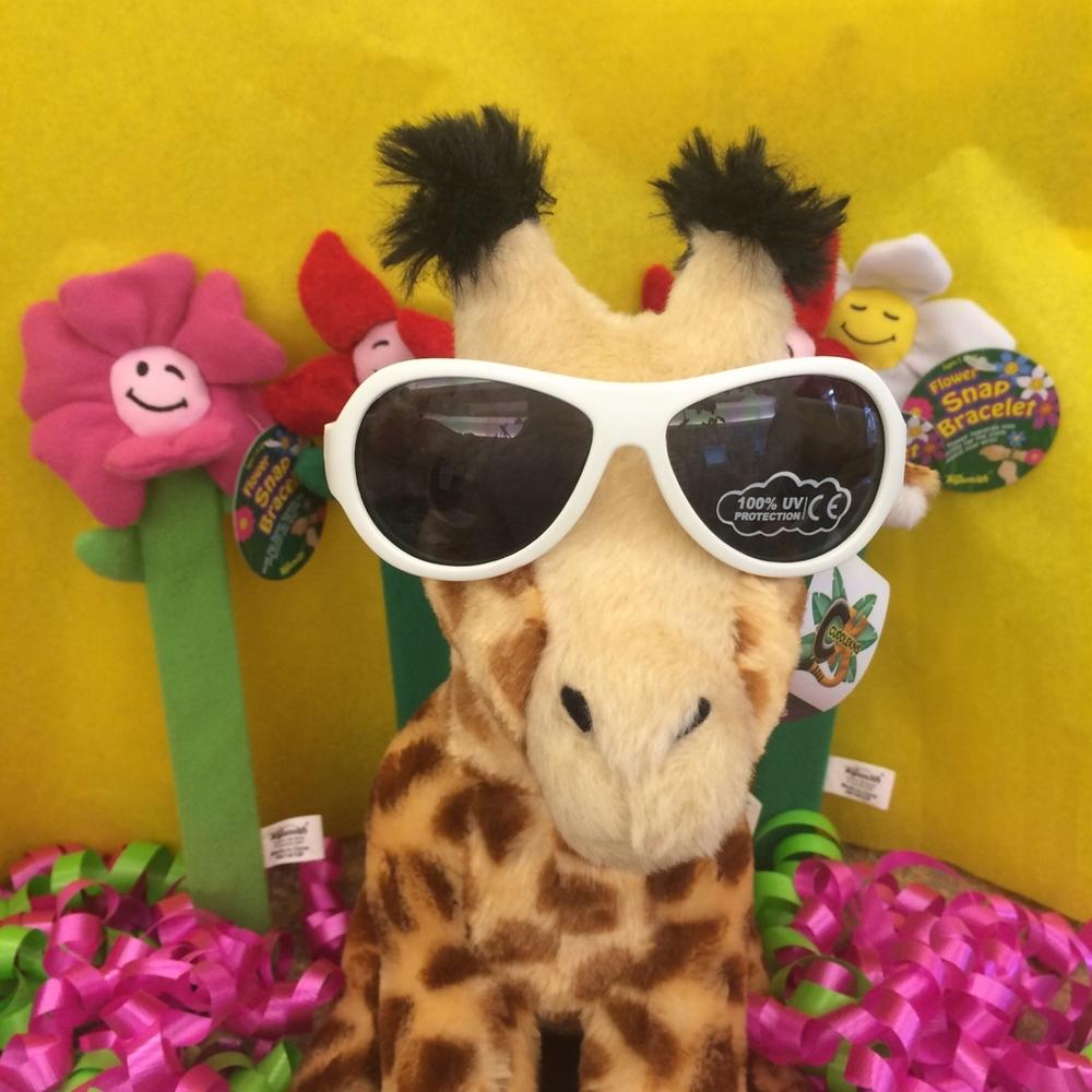 stuffed_animal_giraffe_portland_toy_store