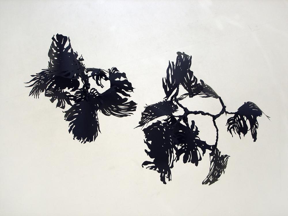 monstera, 2007 metal, paper, glue, nylon  Ausgezeichnet!, Kunstverein, Freiburg