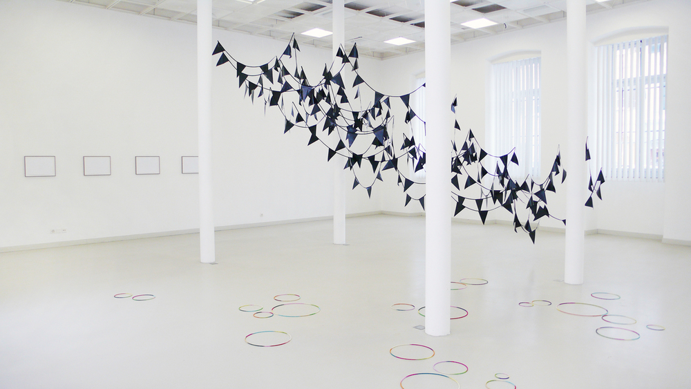 rift   , 2012, plastic, textiles, nylon, dimensions variable;  high&low l-lV , 2012, aluminium leafs, glue on paper, 29,7 x 42cm;  ring , 2012, metal, wire, dimensions variable   gyre, 2012, Les Halles, Porrentruy