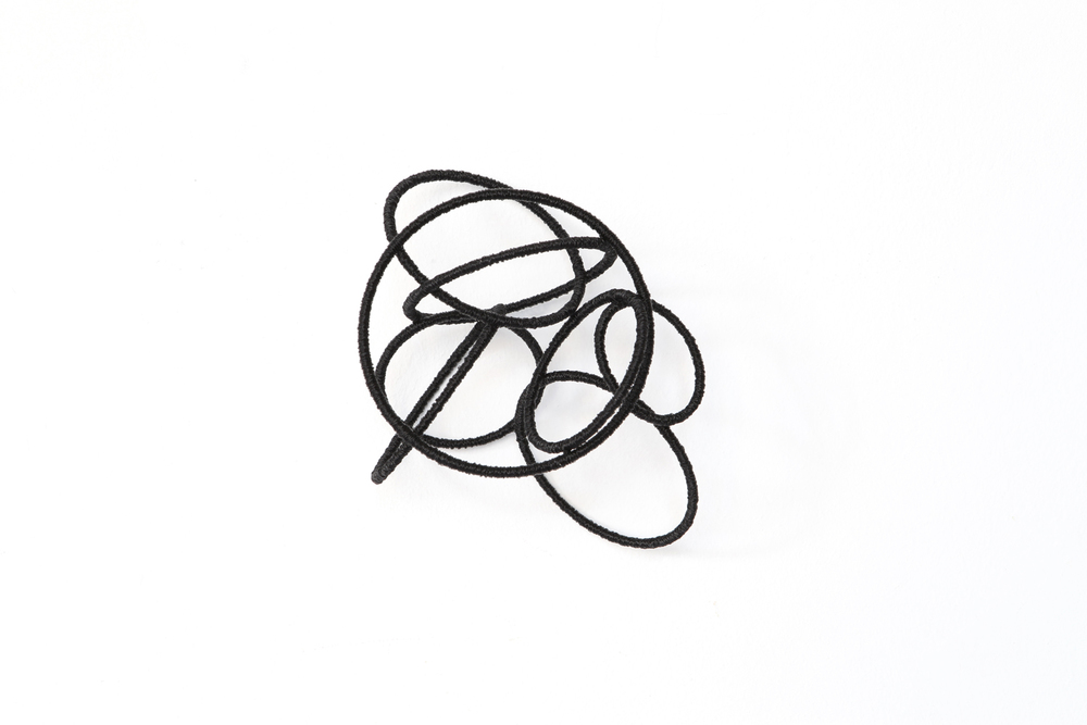 Island Est lV , 2014, metal, wire