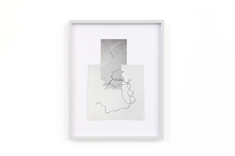 shape/ minuano, 2014  , paper, glue , 30 x 23,8cm
