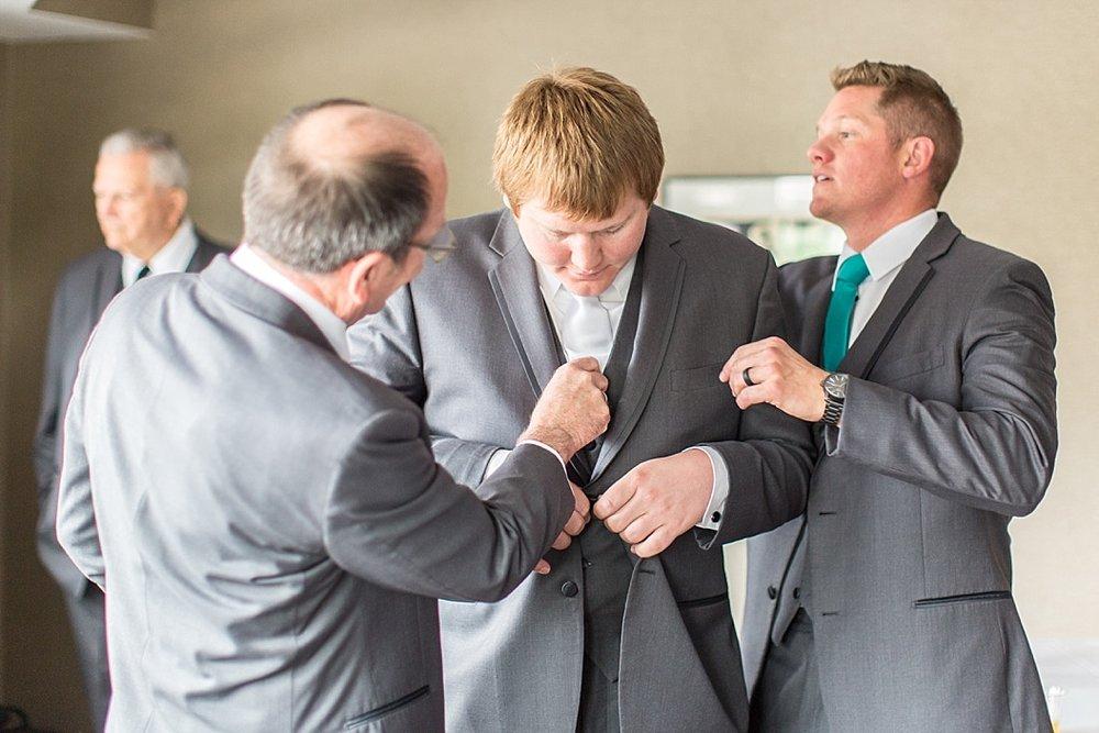 Oshkosh Wedding Photographer_0006.jpg