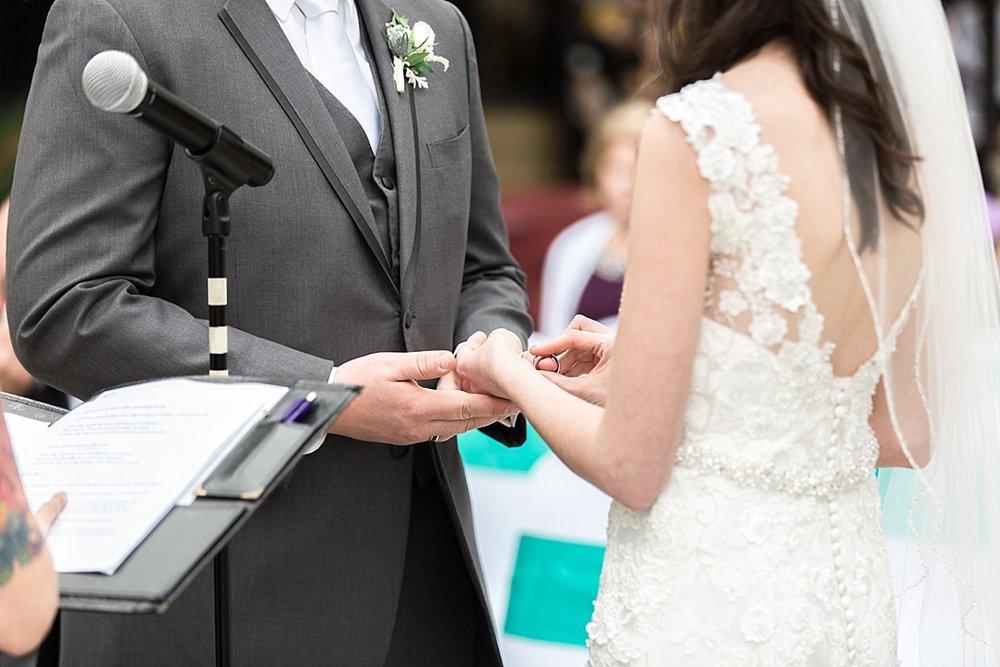 Oshkosh Wedding Photographer_0010.jpg