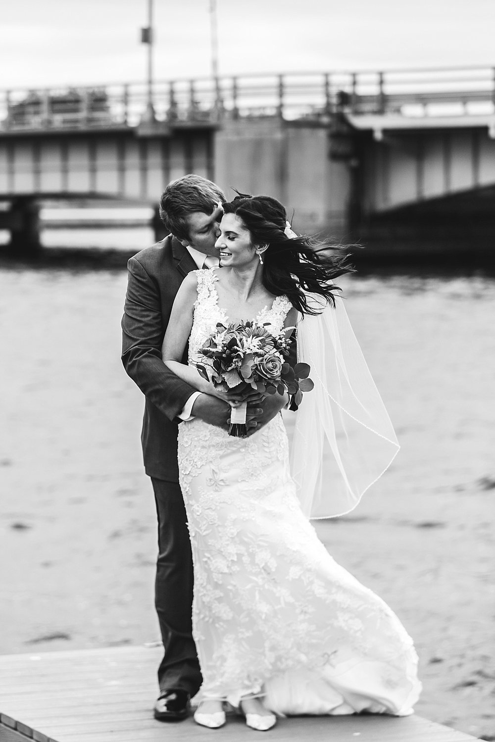 Oshkosh Wedding Photographer_0020.jpg